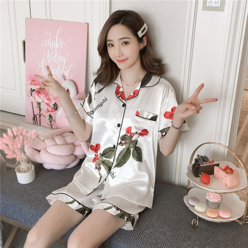2019 new summer Simulated silk   pajamas     set   ladies short-sleeved Korean cardigan thin plus fat MM Women home wear suit M-5XL
