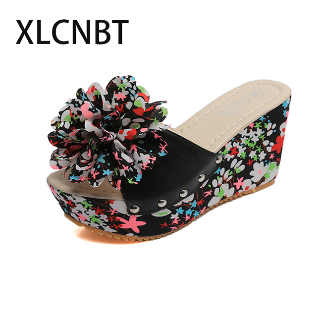 ec217b138f618 Fashionable slipper sponge slippers thick floral flower slope with the  mouth of the woman slipper beautiful supper high shoes