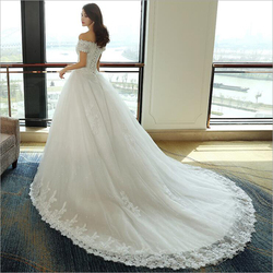 LOVSKYLINE Luxury Bling Wedding Dresses 2018 Ball Gown Long Tail Ivory Embroidery Lace Edge Short Sleeve 3