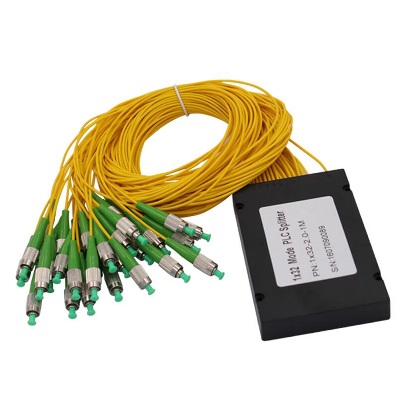 FTTH ABS Box 1x32 FC APC PLC Fiber Optical Splitter With FC/APC Connector Planar Waveguide Type Optical Splitter