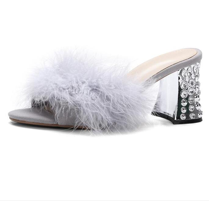 New Fashion Crystal Embellished Thick Heels Sandal Shoes for Woman Sexy Open Toe Feather Decorations High Heel Slippers new fashion big pearls beaded woman flat shoes 2017 sexy open toe sandal crystal embellished slides