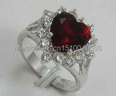 ฟรี >>>>> CPretty สีแดง Cubic Zirconia หยกคริสตัลแหวนขนาด: 6.7.8.9