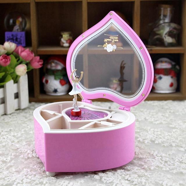 Heart Shape Dancing Ballerina Music Box Wooden Mechanical Musical Boxes Boxs Girl Carousel Hand Crank Mechanism For New Gift