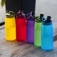 Creativo 5 colori mio spazio portatile bottiglie di acqua con tè infuser del tè di alta qualità bottiglia di sport 900 ML Sport all'aria aperta