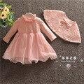 New baby dress con chal de encaje de color rosa niña vestidos de bautizo cumpleaños 1 años dress ropa de los bebés de 0-18 m