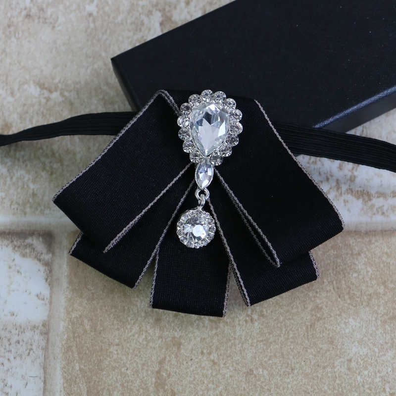 ... i-Remiel Korean Vintage Luxury Diamond Bow Tie British Flower Bows  Brooch Bowtie for Mens ... dcb8f71112b0
