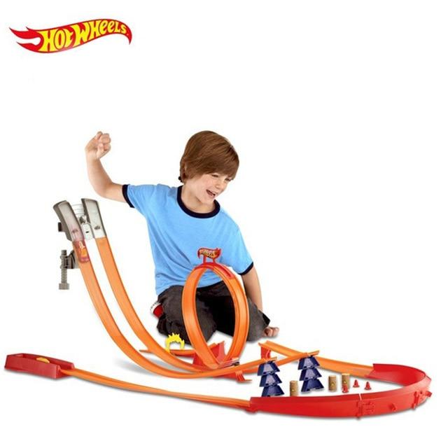 Hotwheels Carros piste modèle voitures Train enfants en plastique métal jouet voitures hot wheels Hot Toys pour enfants Juguetes Y0276-in Jouets véhicules from Jeux et loisirs    1