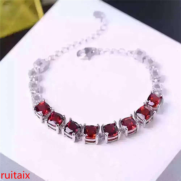 KJJEAXCMY fine jewelry 925 pure silver inlaid natural Crystal Garnet Bracelet with female Bracelet decorated with silver jewelry bird leaf decorated bracelet