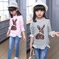 Primavera Nova gola redonda moda meninas t shirt crianças puff luva de lantejoulas encabeça crianças rendas decoração T-shirt com manga longa
