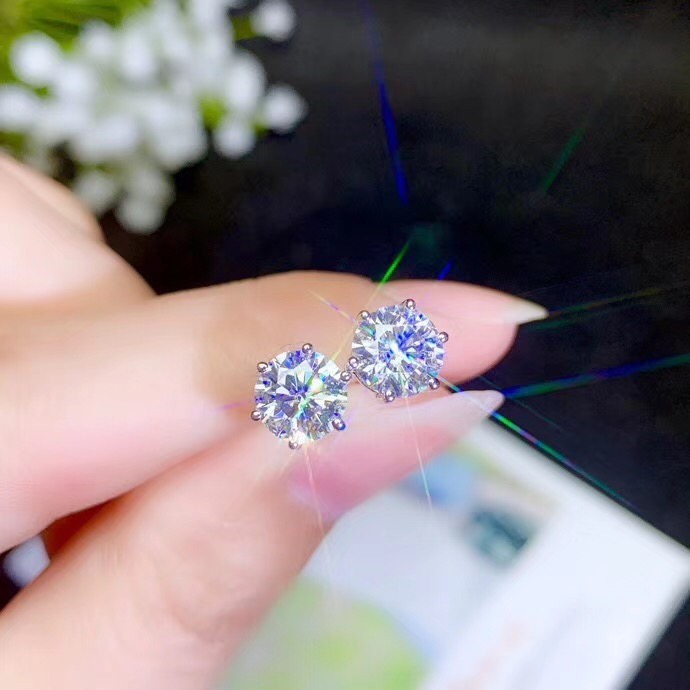 Moissanite  Popular Style Recommendation, Lady Ear Nails, 925 Sterling Silver, High Hardness, Diamond Substitutes