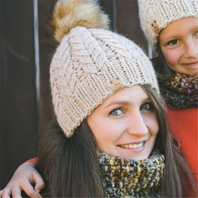2pes Mother Baby Warm Cap Winter Family Knit Crochet Ski Caps Beanie Fur Pom Hat Hairball cute Skullies Beanies hats