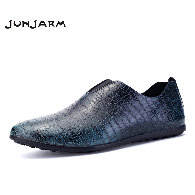 JUNJARM 2017 Brand Mens Loafers Split Leather Moccasins Men Casual Shoes Crocodile Style Soft Men Driving Shoes Size 38-45