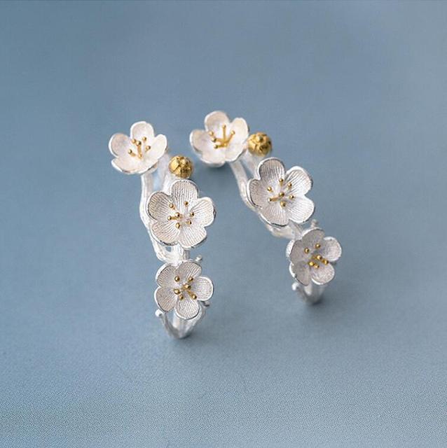 Shuangshuo Vintage Cherry Blossom Stud Earrings For Women Flower Earings Fashion Jewelry Earring Female Christmas