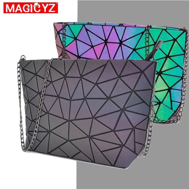 2019 Brands Designer Women Shoulder Bag Fashion Laser Luminous Chain Strap Small Messenger Bag Geometric Lattice Clutch Purse