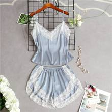 Femmes Imitation soie Sexy ensemble de Lingerie Spaghetti sangle Camisole côté fendu Shorts dentelle Patchwork pyjamas couleur unie vêtements de nuit(China)