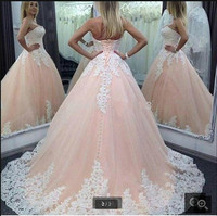 Fashion Ball Gown Style Lace Appliqued Formal Corset Bodice Prom Dress Plus Size Women Prom Gowns