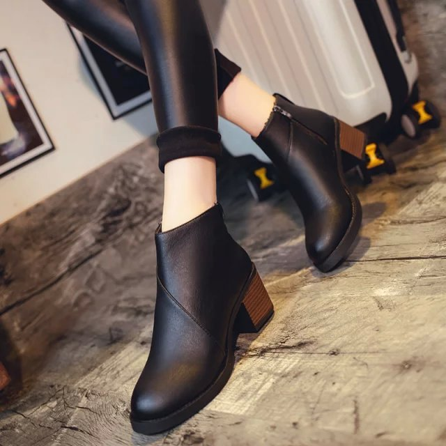 ФОТО POPULAR Genuine Leather Ankle Boots Women's Fashion Boots Female Pointed Toe Stiletto High Heel Black Large  Sexy Shoes