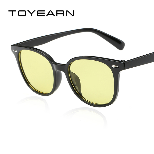 8515798fa9c TOYEARN Vintage Brand Designer Women Sunglasses Men Clear Yellow Lens Retro  Rivet Sun Glasses Female UV400 Gafas Oculos de sol