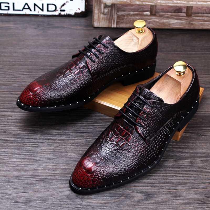 Stephoes 2020 男性ファッションレザーオックスフォードワニのパターンリベットの靴男性のドレスダービー靴結婚式ポインテッド