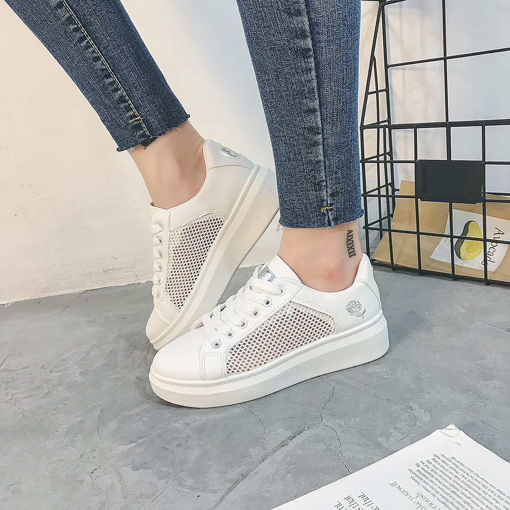 2018 Summer Sneakers Women Fashion Breathable Mesh Women Casual Shoes Lace-Up Embroidered Casual Women Shoes