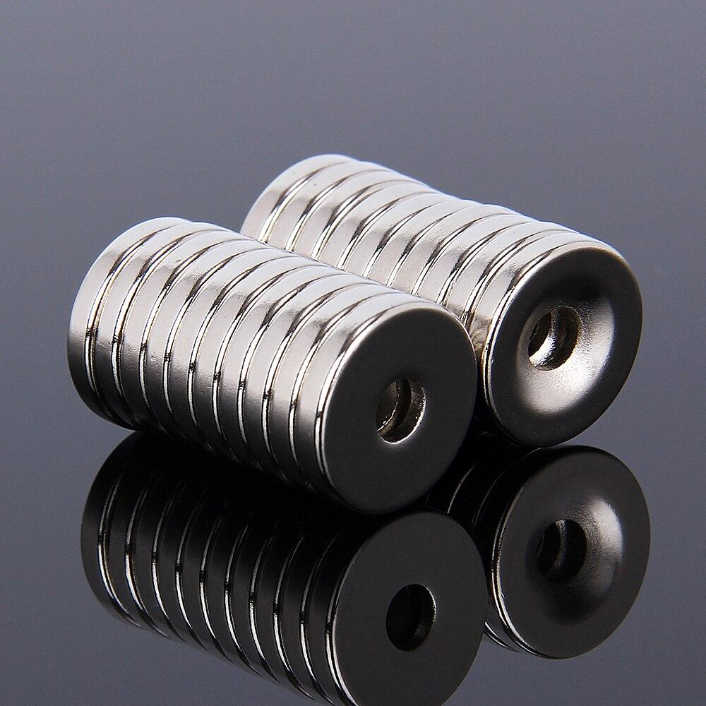 Hakkin 20 pcs 15mm x 3mm Trou 4mm N35 Ronde Cylindre Aimants Terre Néodyme Fraisée Aimants 15x3mm Aimant Puissant