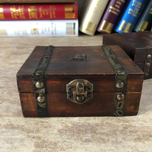Stylish Vintage Metal Lock Decorative Trinket Jewelry Storage Box Handmade Classical Wooden Treasure Case Organizer