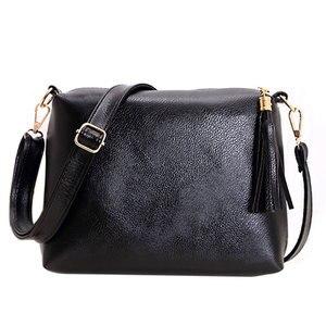 Brand Designer Women Bag SOFT PU Leather Fringe Crossbody Bag Shoulder Women Messenger Bags Candy Color Simple Bolsa sac a main