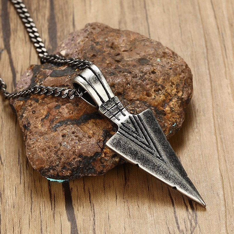 Men's Oxidized Vintage Spearhead Pendant Necklace for Men Stainless Steel Determination of Spirit Tribal Adventures Male Jewelry determination of gps coordinates transformation parameters