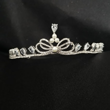 SLBRIDAL Alloy Crystal Rhinestone Pearls Cubic Zirconia Wedding Tiara Bridal Queen Princess Pageant Party CZ Crown Women Jewelry