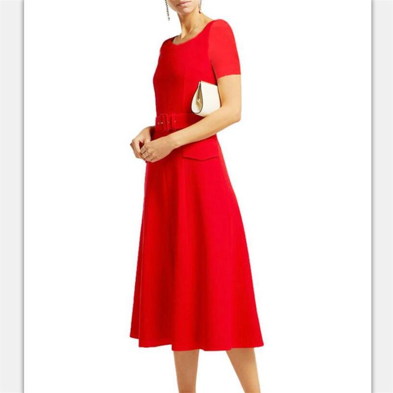 Femmes piste robe 2019 haute qualité été mode o-cou à manches courtes robes élégantes travail robe NP0298W