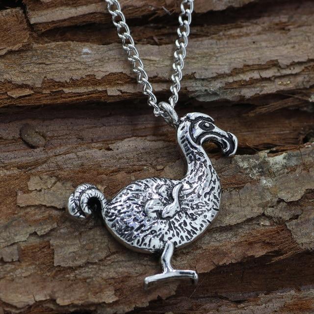 Gran pjaro dodo collar de la astilla dodo bird pendant necklace gran pjaro dodo collar de la astilla dodo bird pendant necklace alicia en el pas aloadofball Choice Image
