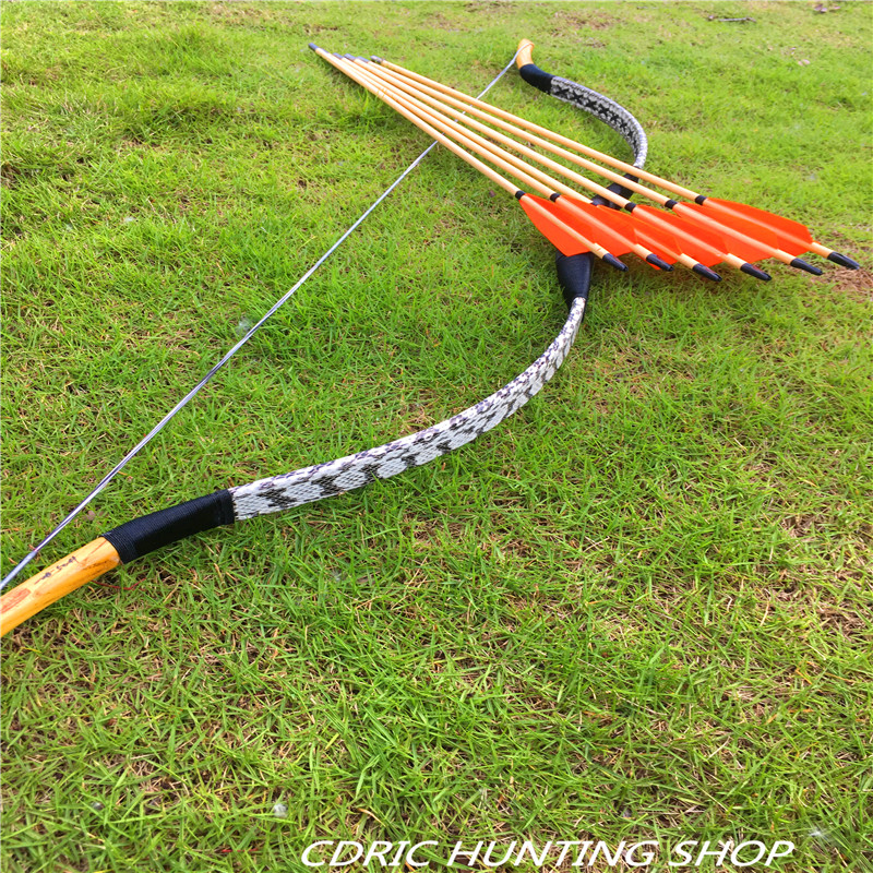 CDRIC  traditional 20-80ibs Longbow  white snakeskin outdoor shooting+6 arrowsCDRIC  traditional 20-80ibs Longbow  white snakeskin outdoor shooting+6 arrows