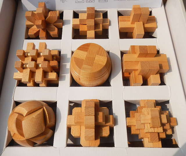 9pcs/Lot Intelligence Toy Wooden Wisdom Lock Kong Ming &Lu ban Lock Chinese Classical  Educational Toy Gift