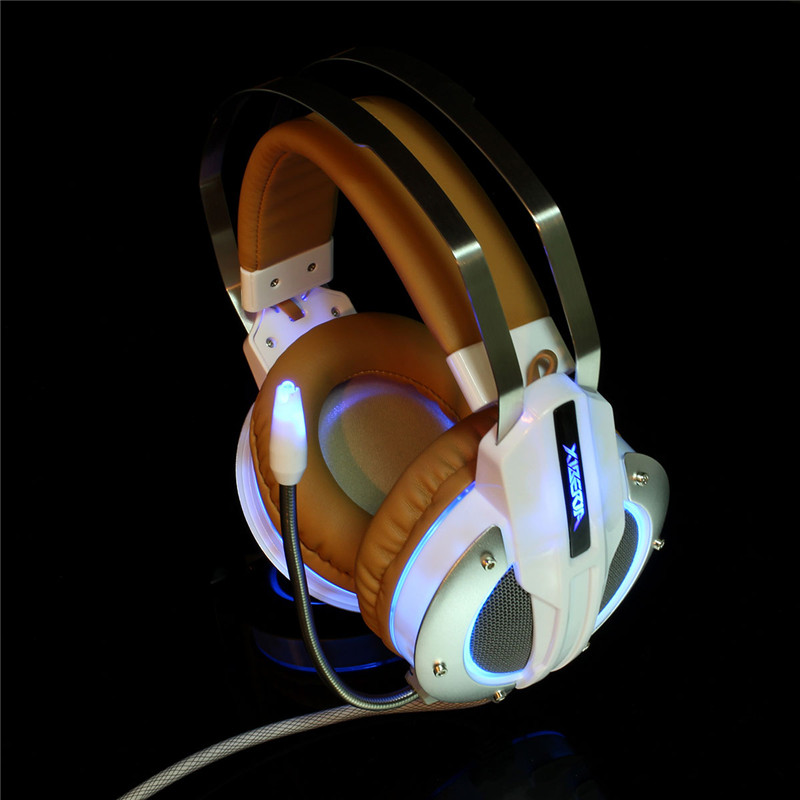 Xiberia X11 Gaming Headset headphones 3.5mm wired over ear with Microphone deep bass LED light for computer game free shipping