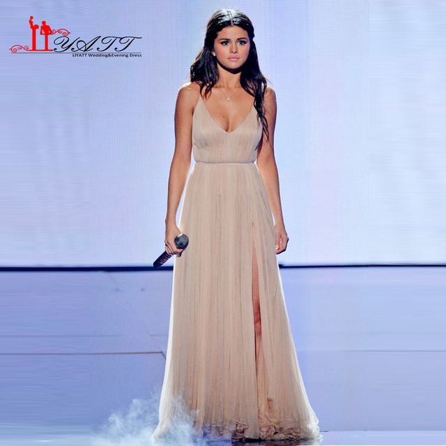 Vestidos No Tapete vermelho 2016 Champagne Alta Fenda Sexy Modelo Famosa V Pescoço Sexy selena gomez Celebrity Dress Formal Longo vestido de Festa vestido
