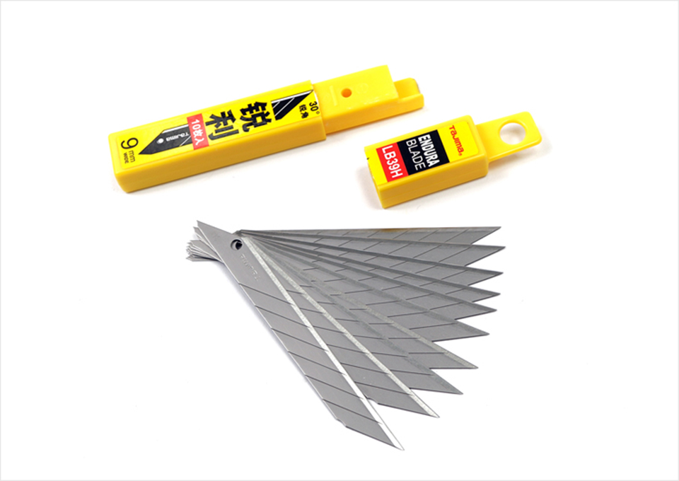 Image 3 - Japanese Tajima Knife Carbon Steel Snap Off Utility Sharp Knife 30 Degree Replacement Blade 9mm 10 Blades/Box LB39H-in Car Stickers from Automobiles & Motorcycles