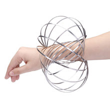 Sliver Metal Flowtoy Amazing Flowing bracelet Ring Toys Kinetic Spring Toy Stage Magic wristband Intelligent toy Fidget Spinner(China)