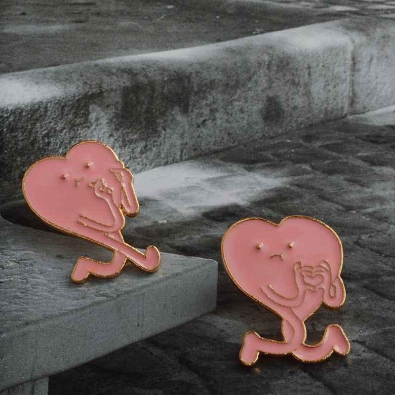เข็มกลัดตลก Expressions Pins ตกแต่งเสื้อผ้าเด็กหญิง Unisex รูปหัวใจสร้างสรรค์แฟชั่นผ้าพันคอชุดกระเป๋า Badge Corsage