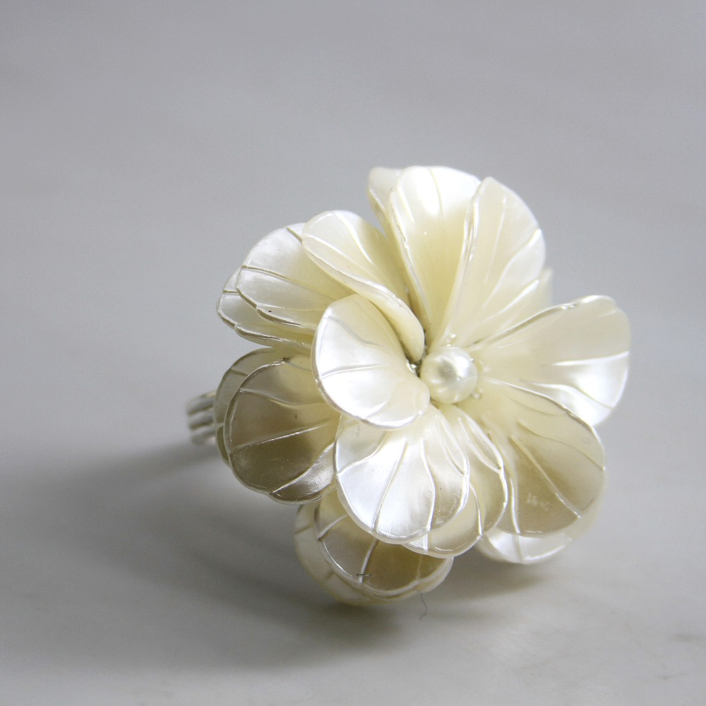 Qn19011801 Free Shipping Pearl Flower Napkin Ring Wedding Holiday Decoration , Wholesale Napkin Holder 12 Pcs