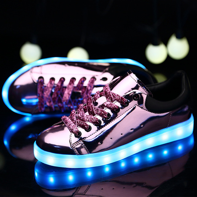 Fashion 2017 Hight Quality 3 colors Unisex Women LED Shoes Autumn Winter Shoes For Adults Silver/gold/pink Fashion Casual Shoes