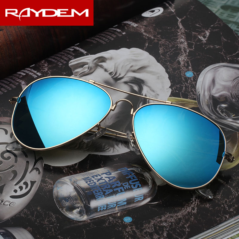 The new glass sunglasses colorful female man car reflective mirror 3025 trendsetter driver