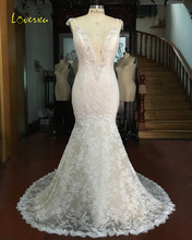 Loverxu Vestido De Noiva Sexy Deep V Neck Lace Mermaid Wedding Dresses 2017 Appliques Beaded Backless China Bride Gown Plus Size