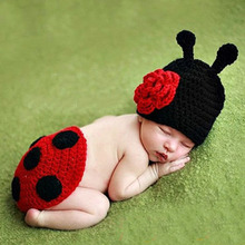 Hand Crochet Ladybug Set Baby Photography Props Newborn Hat and Cover Infant Animal Beanie Hats