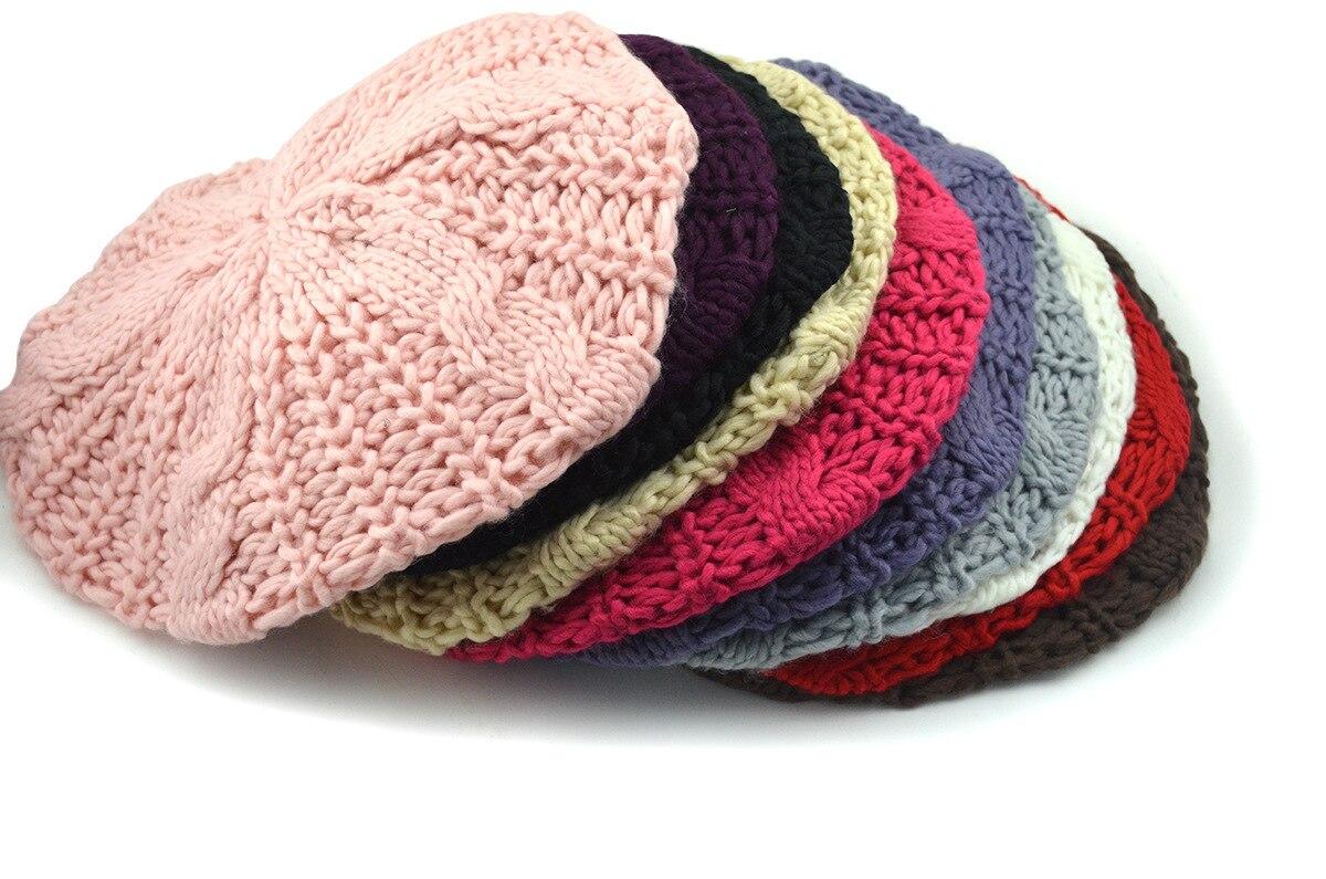 Las mujeres del sombrero primavera Otoño Invierno de punto boina de lana  del casquillo del sombrero 2018 nueva mujer casual sombrero gorra tejida a  mano ... e6e445d9eff