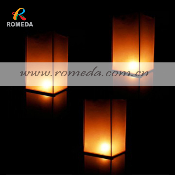 Us 83 72 15 Off 20pcs Lot Free Shipping Wooden Floating Laterns Floating Lanterns For Outdoor Party In Party Diy Decorations From Home Garden