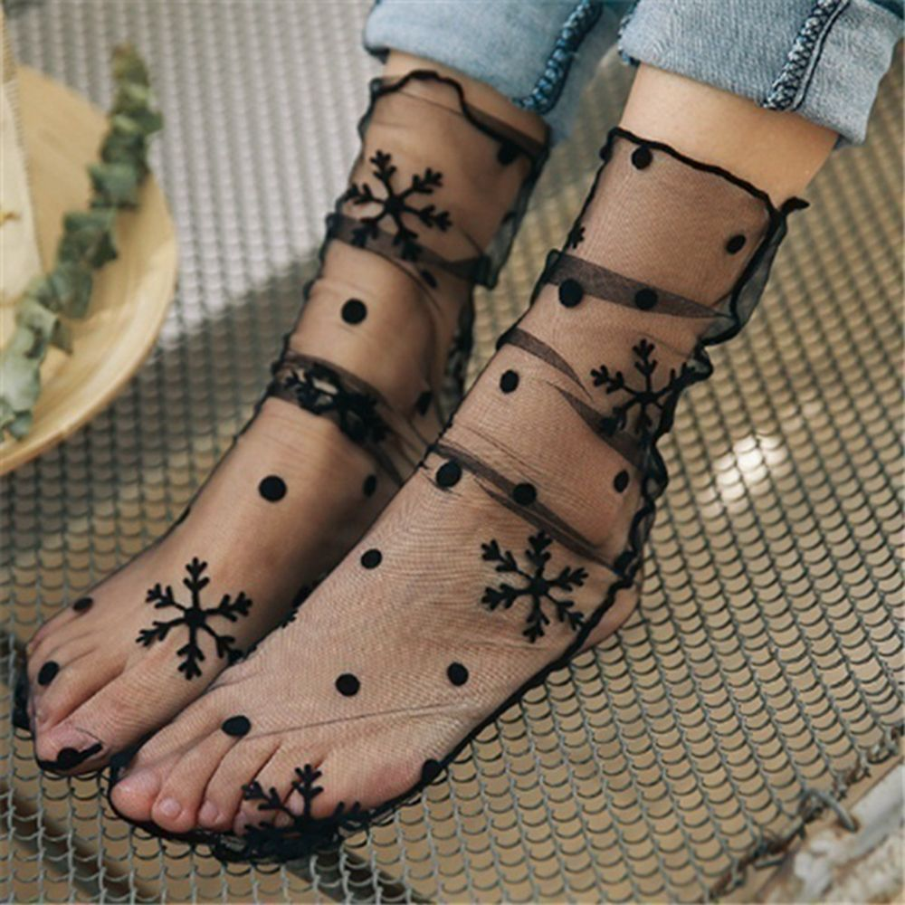 Women Fashion Ruffle Fishnet Ankle High Socks Mesh Lace Short Socks With Pearl