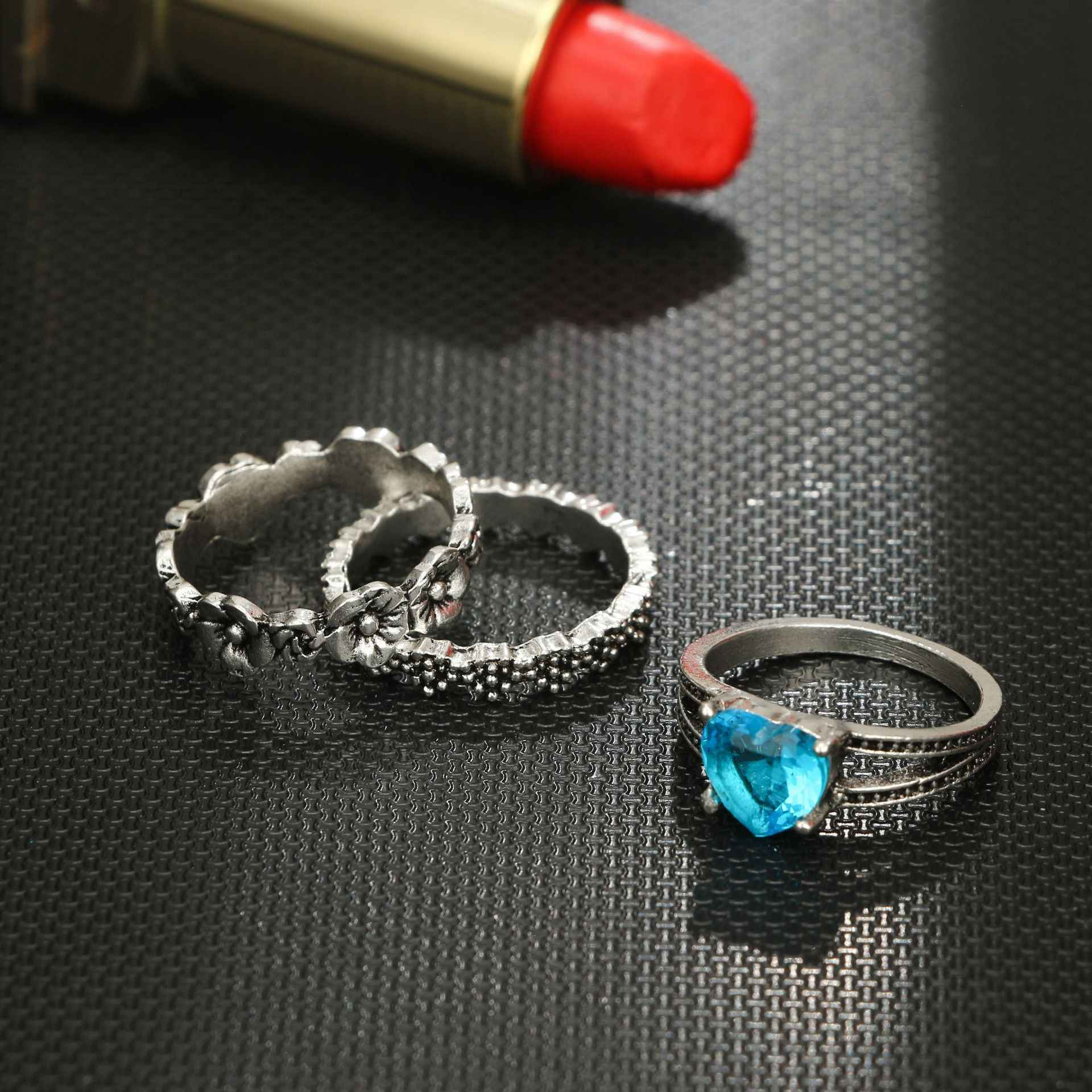 1 Set Ocean Blue Vintage Knuckle Rings for Women Boho Geometric Flower Crystal Ring Set Bohemian Finger Jewelry