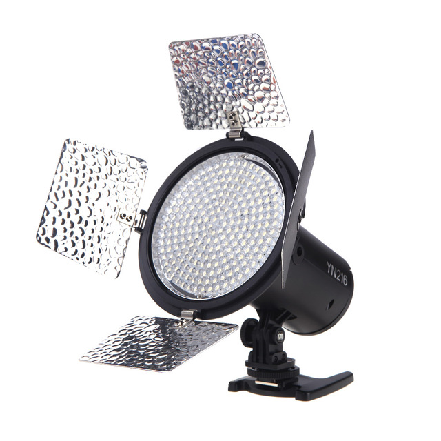 YONGNUO YN216 3200K/5500K LED Video Light with 4 Color Plates for Canon Nikon DSLR Camera Video Light Photographic Lighting