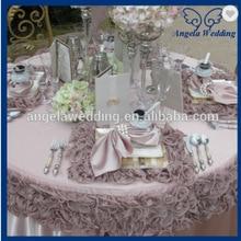 NP010C Необычные хорошее качество много цветов Свадебные 45 см* 45 см квадратный ярко-розовый красный гофрированный органза настольная тарелка коврик
