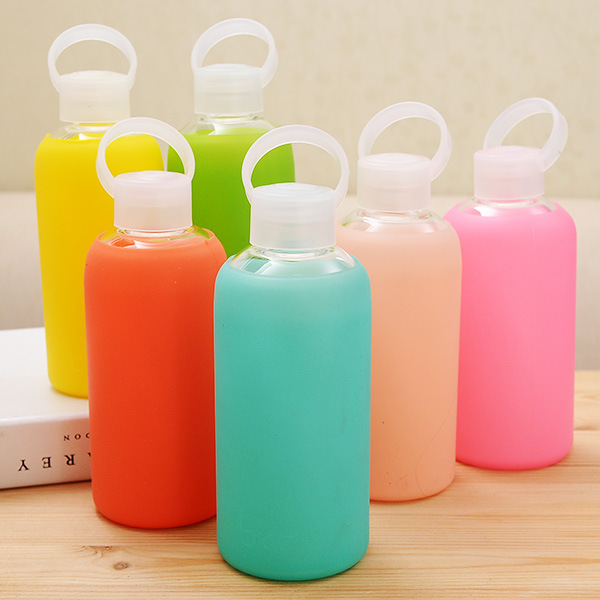 Fashion Colorful 500mL Glass Water Bottle Glass Beautiful Gift Women Water Bottles with Protective Silicon Case